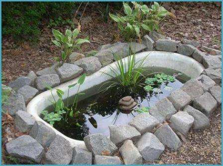ПрекрБолее затратным может оказаться следующий популярный элемент садового дизайна, даже если делать его своими руками. Это искусственный водоем.