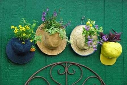 Наша тема — сад, огород, дача: все самое яркое и интересное своими руками. Мы намерены научить вас совмещать пользу и красоту, создавать нечто из ничего, пробуждать в себе весь творческий потенциал.