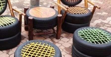 Без особенного труда можно получить садовую мебель для дачи из шин.