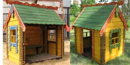 Для окон сделайте деревянные рамы. С целью увеличения декоративности домика повесьте на окна ставни.