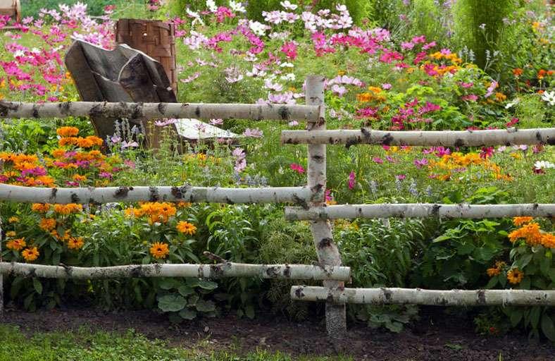 Наверное, идеи для создания сельского стиля на даче приходят интуитивно.