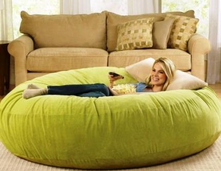Бескаркасный диван: варианты, разновидности и преимущества