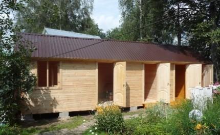 Бытовка на даче своими руками: выбор материала, составление проекта и этапы строительства