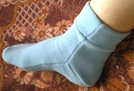 Выбираем правильный материал для пошива носков