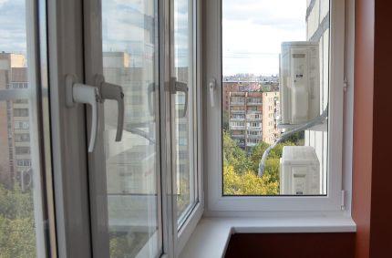 Остекление балкона с помощью окон ПВХ: как снять размеры, установка окон своими руками и преимущества конструкций