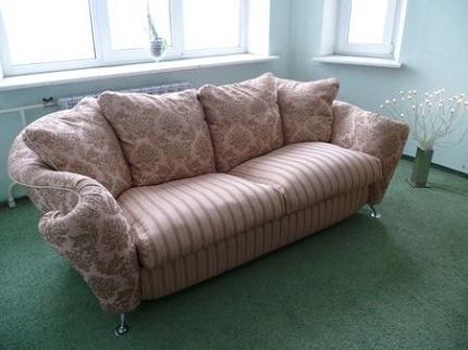 Способы и основные этапы самостоятельной перетяжки дивана