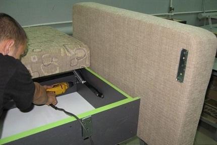 Инструкция по самостоятельной сборке выкатного дивана