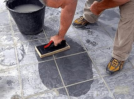 Удаление и смывка бетона: способы и советы