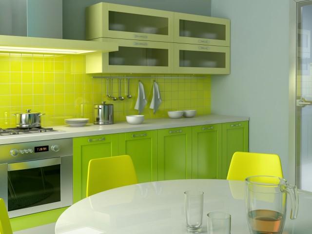 Установка стеклянного фартука в помещении кухни