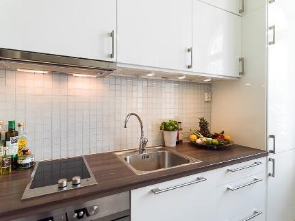 Стеновые панели для кухни с фотопечатью: назначение и самостоятельный монтаж