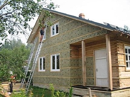 Ремонт старого дома из дерева: этапы, особенности, способы и рекомендации