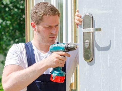 Замена личинки замка входной двери: нюансы