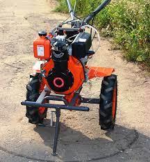Почему мотоблоки так популярны для земельных работ?
