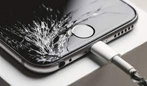 Особенности ремонта Айфона в сервисном центре